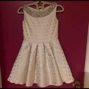 ZOE LTD Silver Polka Dot Dress w/ Pearl